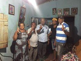 Viraldo e família que firmaram o compromisso de continuar nos apoiando e também ao senhor Victinho que aderiu ao  grupo.