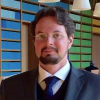 Dr.Vitor Bizerra